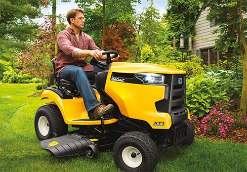 Cub Cadet Dealer, Harrow, Ontario